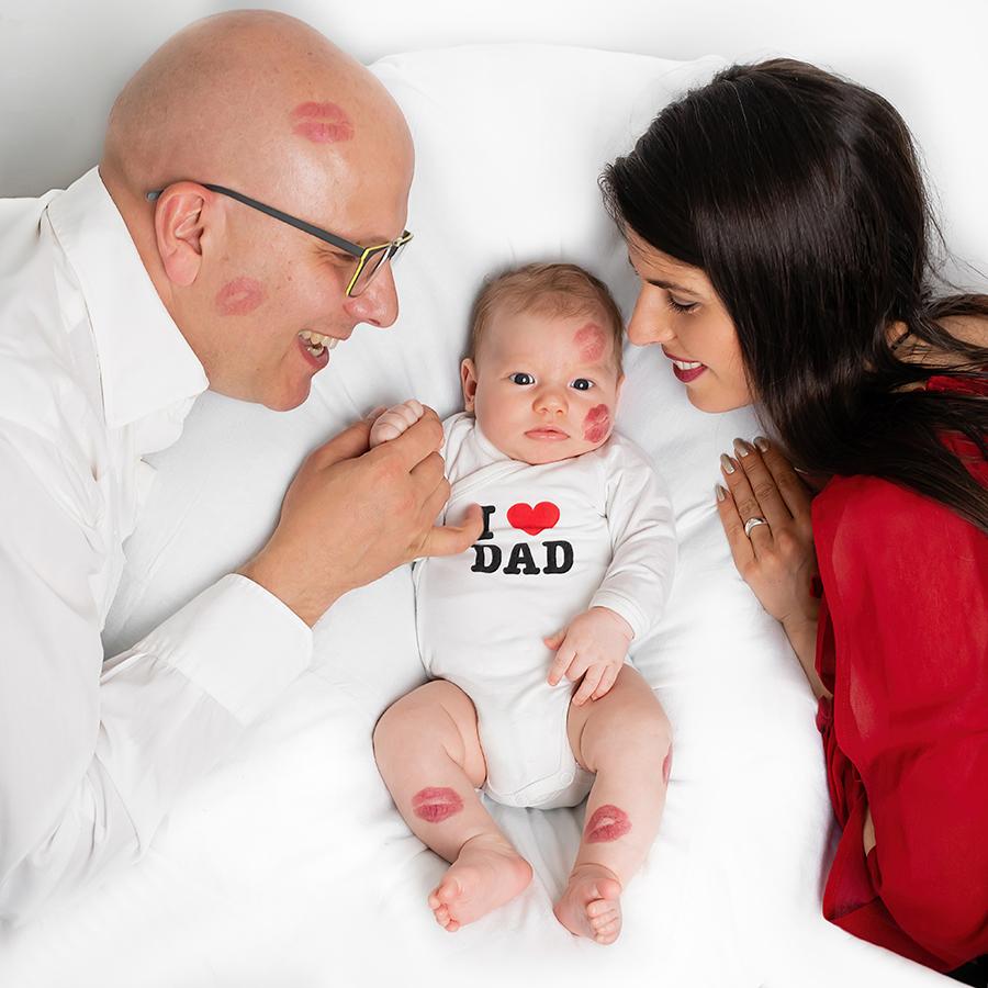 Kuss fürs Baby Familienbilder Kathleen Pfennig