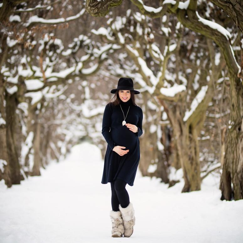 Schwangerschaftsshooting im Winter Kathleen Pfennig
